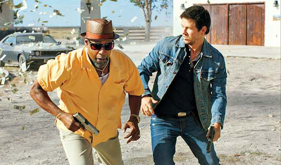 '2 Guns' Movie Review - Denzel Washington and Mark Wahlberg  | Movie Reviews Site