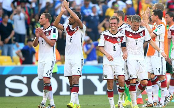 Germany Beats European Rival France, 1-0 - USA vs Belgium - Round of 16 | 2014 World Cup