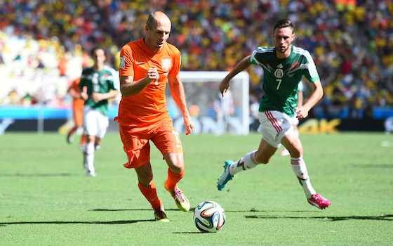 Netherlands Beats Mexico with Last-Minute Penalty | 2014 World Cup
