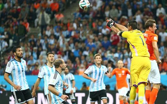 Argentina Advances to Final with PK Win over Dutch - 2014 World Cup Semifinals