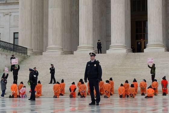 Dennis Cook / AP Images