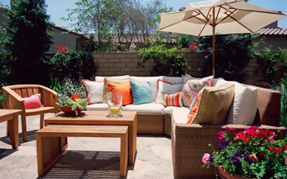 5 Ways to Revamp Your Outdoor Space