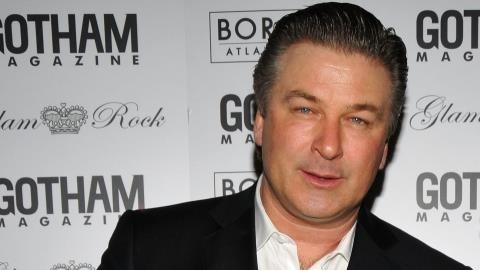 Alec Baldwin Set To Write Autobiography
