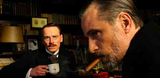 Viggo Mortensen and Michael Fassbenderin A Dangerous Method