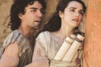 Rachel Weisz & Max Minghella in the movie Agora