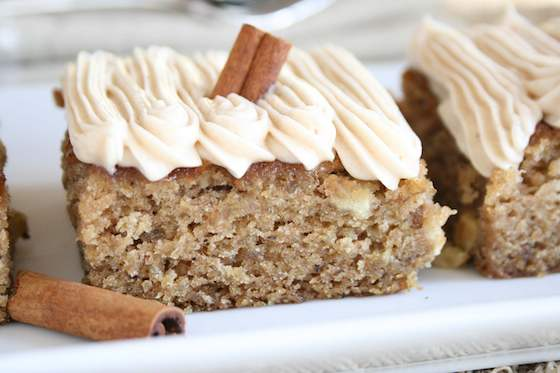 Apple and Banana Oatmeal Cake Recipe