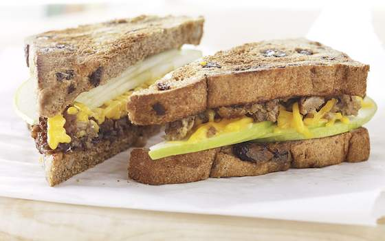Apple and Veggie Sausage Breakfast Sandwich Recipe