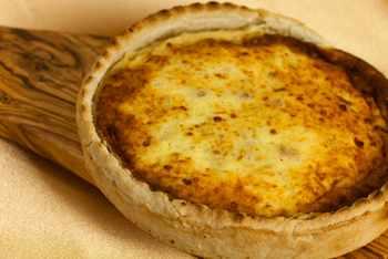Basler Kaeswaie: Cheese-filled Tart Recipe for Swiss-Style Carnival