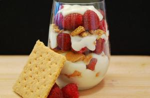 Berry and White Chocolate Pudding Parfait