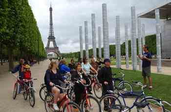 Bike tours are a fun, informative, and healthy way to see Paris with an entertaining local guide