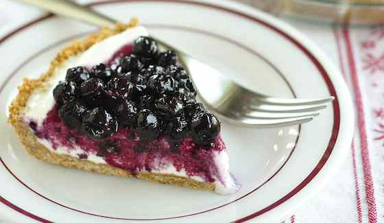 Blueberry Cheesecake Ice Cream Pie | Dessert Recipe