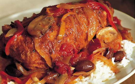 Braised Chicken with Tomatoes, Peppers and Red Wine Recipe
