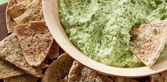 Classic Creamy Spinach Dip