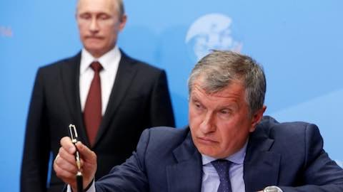 Could a United States - Russia Oil Showdown be Coming?