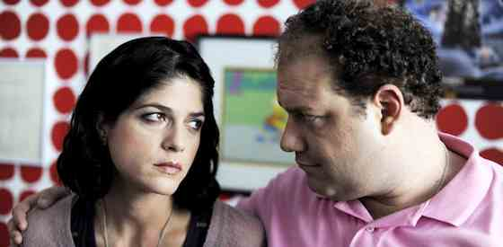 Jordan Gelber and Selma Blair in Dark Horse