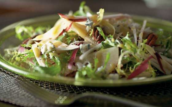 Endive Salad with Pear, Pecans and Gorgonzola Recipe