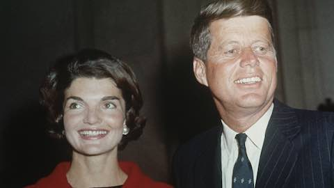 Do First Ladies Influence the Popularity of Baby Names?