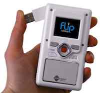 That big red button starts the camcorder recording video, and another push stops it. A USB connector flips out, and the camera automatically uploads software for easily sharing clips across the Internet. Its videos looks good, but the Flip proved again that many consumers choose convenience over the ultimate in quality.