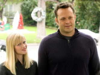 Vince Vaughn & Reese Witherspoon  star in the film Four Christmases