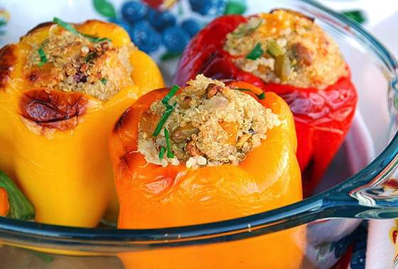 Fruity Quinoa Stuffed Peppers Recipe