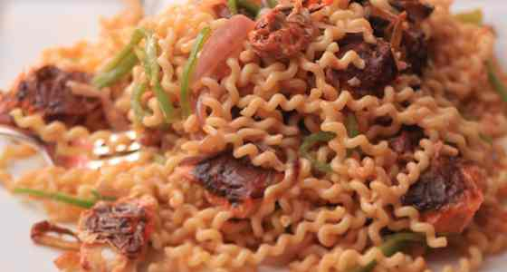 Fusilli Bucati with Soft-Shell Crabs and Hot Chilies Recipe
