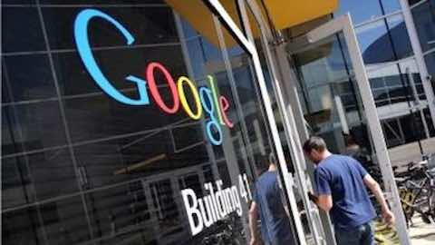 Google Sees Biggest Search Traffic Drop Since 2009 as Yahoo Gains Ground