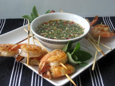 Grilled Shrimp with Southeast Asian Dipping Sauce