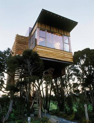 Treetop Dreams: Top Places to Sleep Among the Trees. Hapuku Lodge tree houses New Zealand
