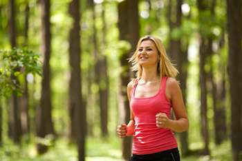 Exercising in the presence of nature boosts self-esteem and mood