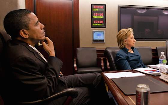 Hillary's Dilemma: How to Distance Herself from Obama