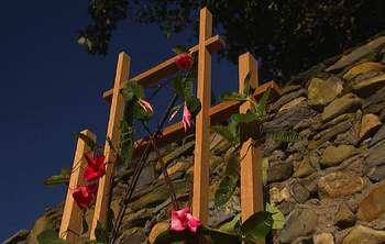 Gardening - Attractive and Durable DIY Garden Vine Trellis. Using a rain gauge, like this homemade one, can help you use water more efficiently in the garden. concrete footing, leftover from a construction project, has been transformed into a planter stenciled with a house address.