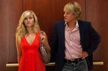 Reese Witherspoon & Owen Wilson in the movie How Do You Know