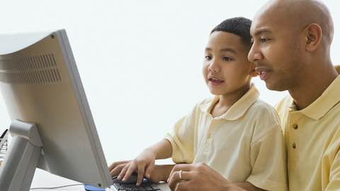 How to Create a Screen-Time Schedule for Your Kids
