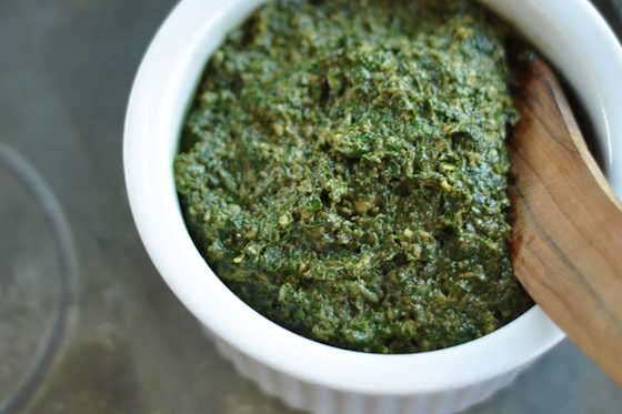 How to Make a Classic Pesto Recipe