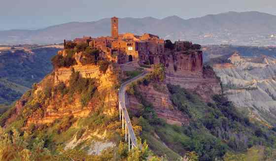 Italy's Civita di Bagnoregio: Jewel on the Hill