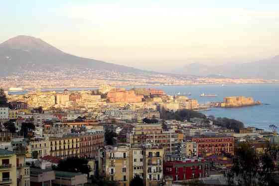 Italy: Visiting Vesuvius and Pompeii