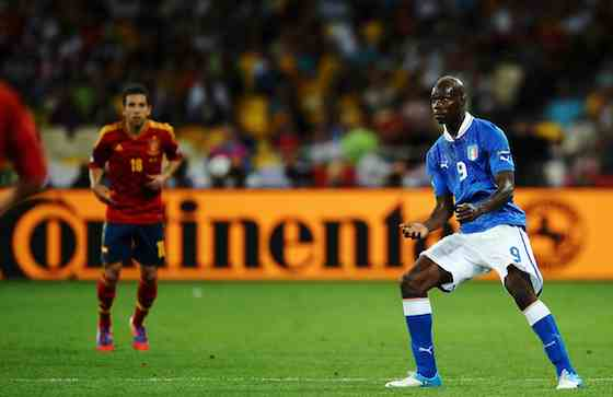 KIEV, UKRAINE - JULY 01: Mario Balotelli of Italy in action during the UEFA EURO 2012 final match between Spain and Italy at the Olympic Stadium on July 1, 2012 in Kiev, Ukraine (Photo by Laurence Griffiths/Getty Images)