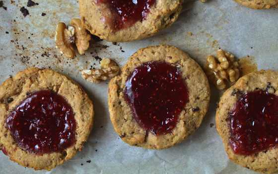 Jammy Raspberry and Walnut Scones Recipe