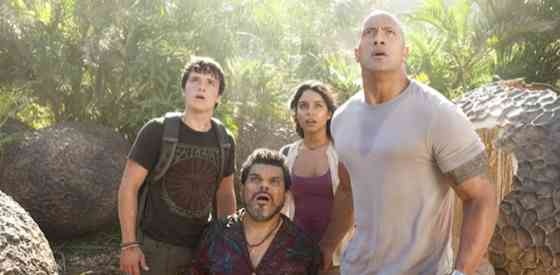 Dwayne Johnson and Josh Hutchersonin Journey 2: The Mysterious Island