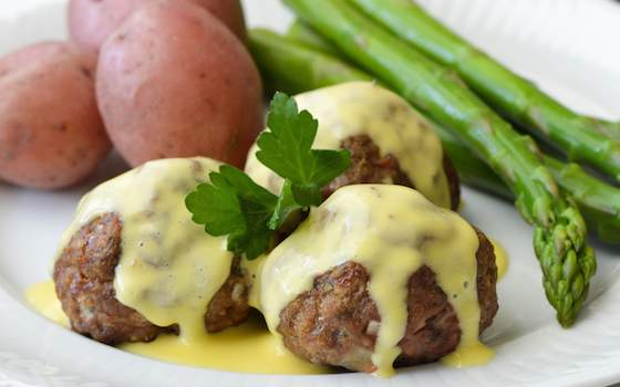 Lamb Meatballs with Egg and Lemon Sauce Recipe