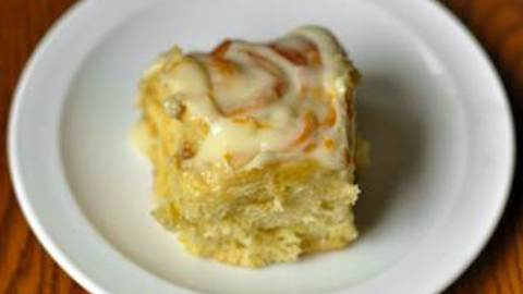 Sticky Lemon Rolls with Lemon Cream Cheese Glaze | Recipes