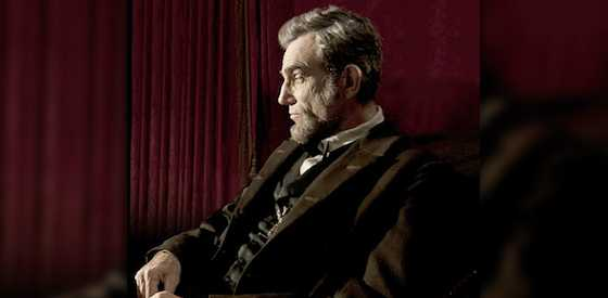 Daniel Day-Lewis and David Strathairn  in Lincoln