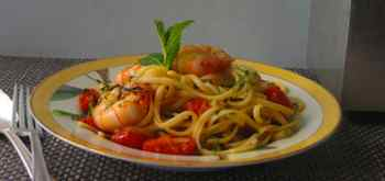 Linguine with Shrimp Mint and Chili Flakes Recipe
