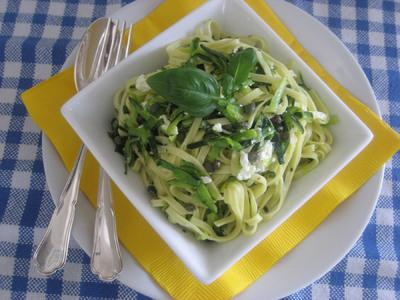 Linguine with Zucchini, Garlic and Capers