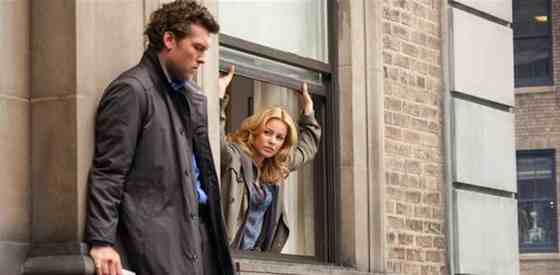 Sam Worthington and Elizabeth Banksin Man on a Ledge