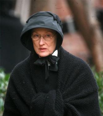 Academy Award Winners & Oscar Nominated actors Meryl Streep & Philip Seymour Hoffman in the Movie Doubt.