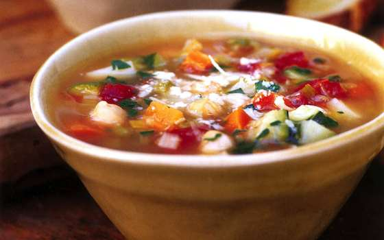 Minestrone Soup's on to Drop those Holiday Pounds Recipe