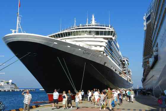 Mixing Cruising with Independent Travel