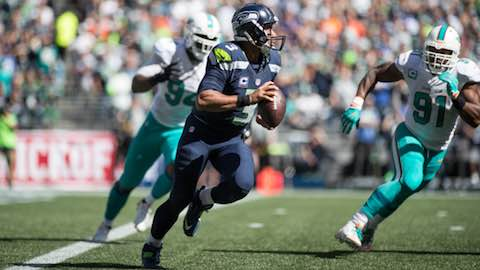 NFL 2016: Since It's Rams, Maybe Russell Wilson Should Sit