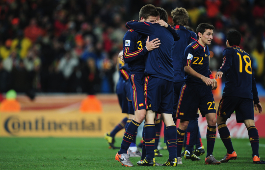 Spain Celebrates 1-0 Victory at the Final Whistle during the 2010 FIFA World